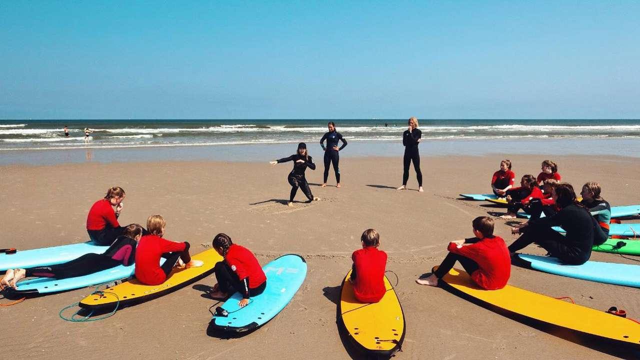 Eerste surfles op het strand